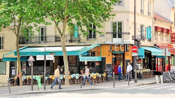 Café L'Ecir Terrasse