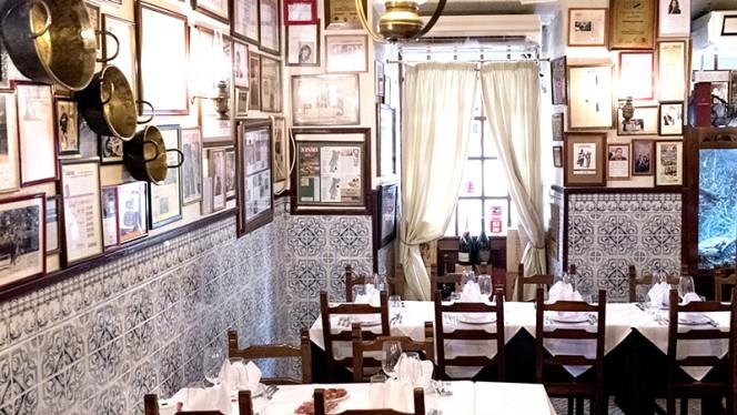 Solar dos Nunes ristorante portoghese a Lisbona in Portogallo