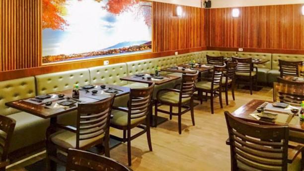 Sanok Sushi ambiente