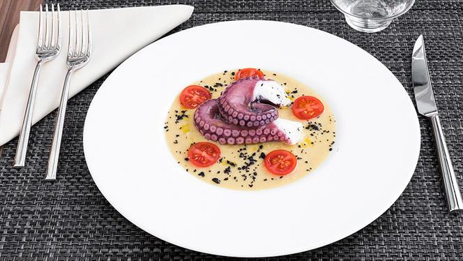 Polpo al vapore, ceci e olio e.v.o. olive nere - N Restaurant - Milano, Milan