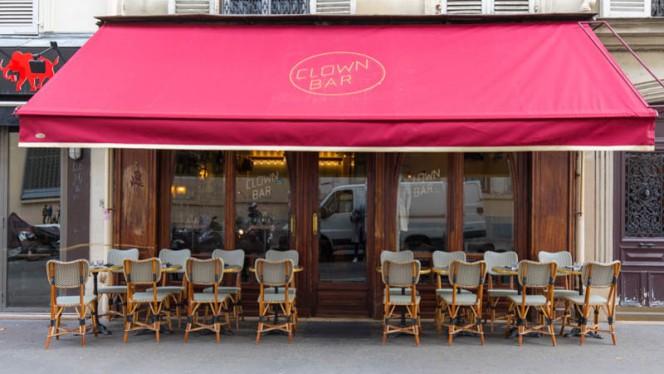 Terrasse - Clown Bar, Paris