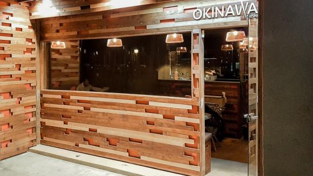 Okinawa Sushi Entrada