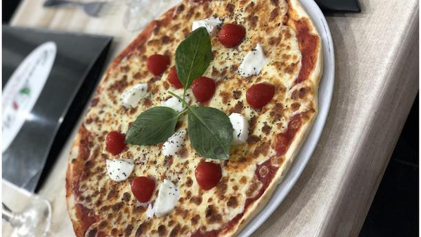Casale Pizza Pizza