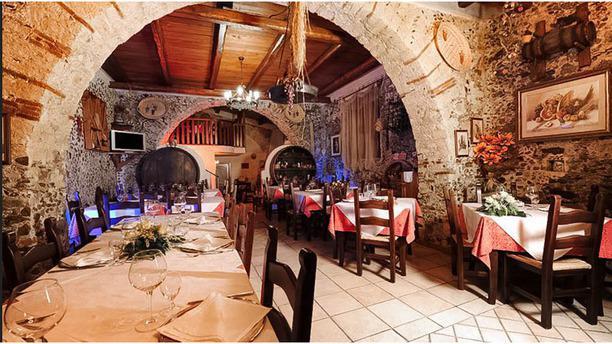 La Vecchia Cantina sala