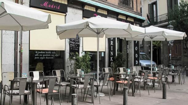 Restaurante madrid dada en madrid malasa a conde duque for Terrazas nocturnas madrid