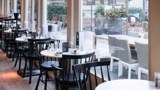 Ron Gastrobar Restaurant