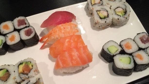100% Sushi Plat