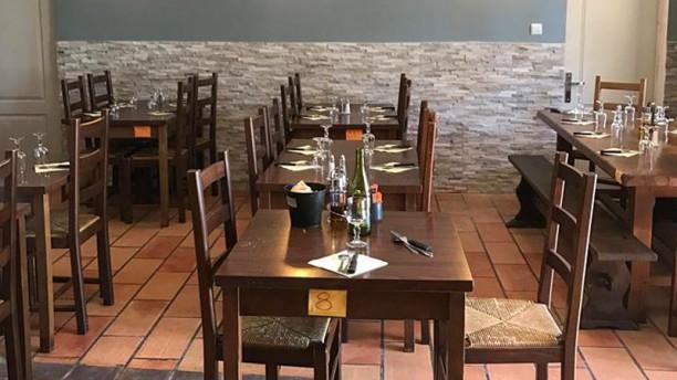 Le Vieux Moulin Salle du restaurant
