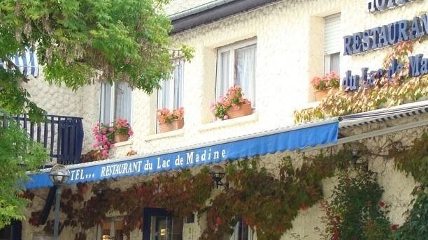 Hôtel Restaurant du Lac de Madine Devanture