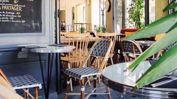 La Seine Café La Seine