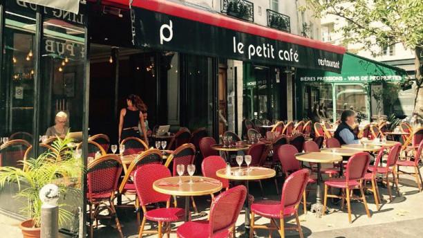 Le Petit Café terrasse