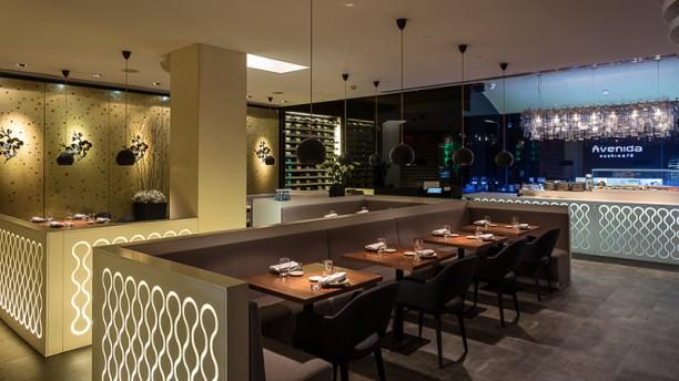 Avenida Sushi Café Vista da sala