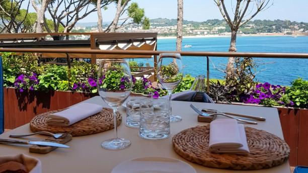 Sea Club by Paco Pérez - Alàbriga Hotel & Home Suites Vista mesa