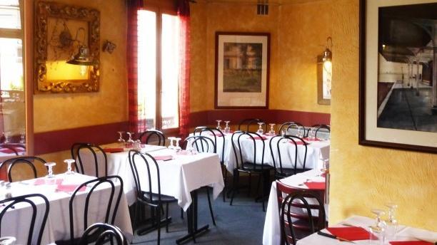 Chez Ginna Salle du restaurant