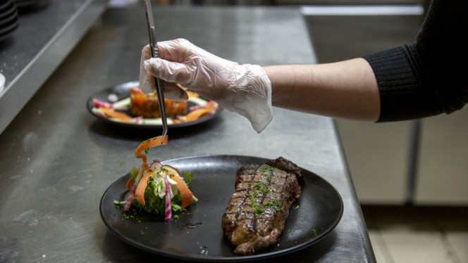 Chef - Karbone, Lyon
