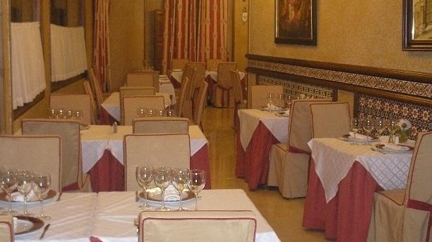 Hotel Alfonso VI Vista comedor