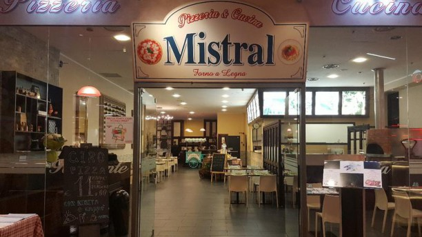 Mistral Pizzeria&Cucina in San Giuliano Milanese - Restaurant ...
