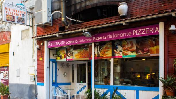 Canta Napoli Entrata