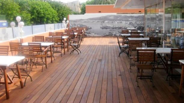 Ca N'Eduardo Vista terraza y mesas