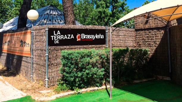 La Terraza de Brasayleña - Bombay Lounge ( inactivo) Vista entrada
