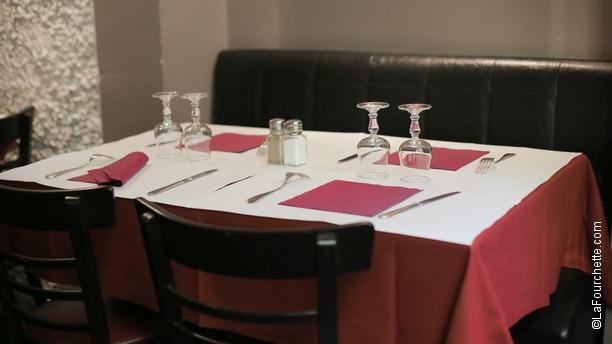 Coup de Torchon Tables dressées