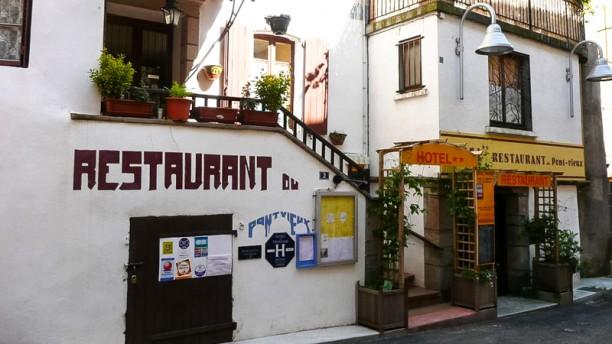Hôtel Restaurant du Pont Vieux Devanture