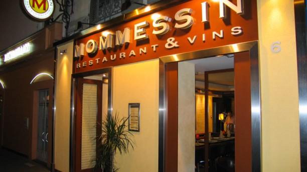 Mommessin Restaurant et Vins Façade