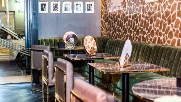 Farándula Fearless Cocktail-Bar Vista del interior