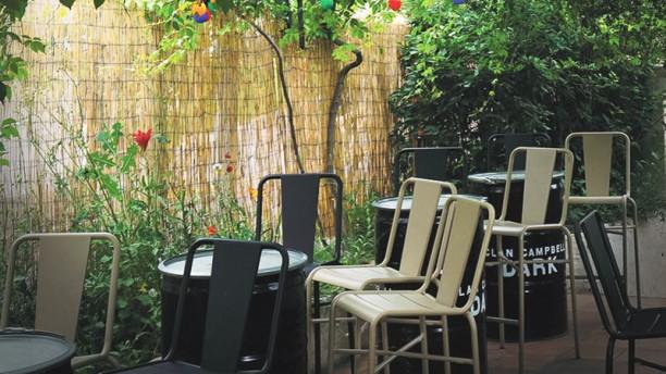 L'Expresso Cafe Terrasse