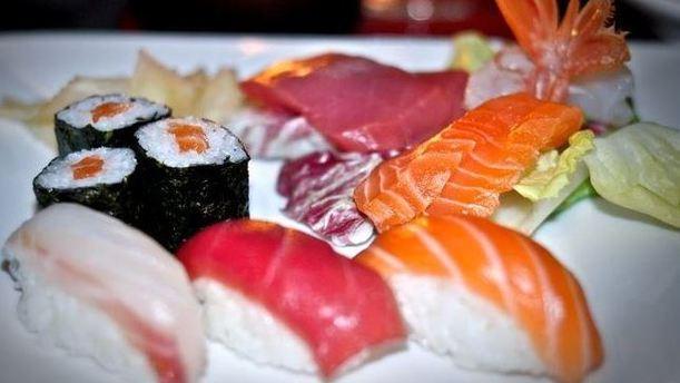 Thisisnotasushibar sashimi