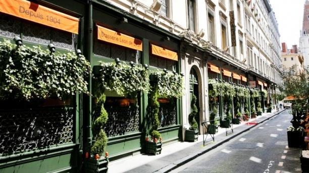 Brasserie l on de lyon restaurant 4 rue du pl tre 69001 for 9 rue du jardin des plantes 69001 lyon