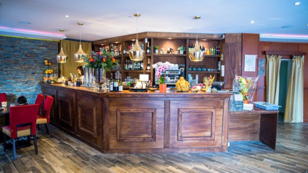 Le Mahal Restaurant Indien  Ef Bf Bd Saint Genis Pouilly