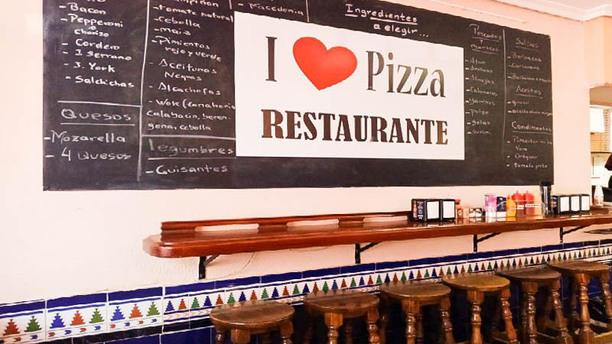 I Love Pizza Vista de la sala