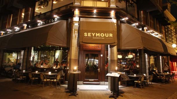 Seymour | Brasserie & Bar Ingang