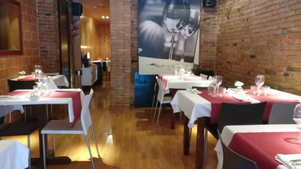 Neela restaurant Barcelona Sala