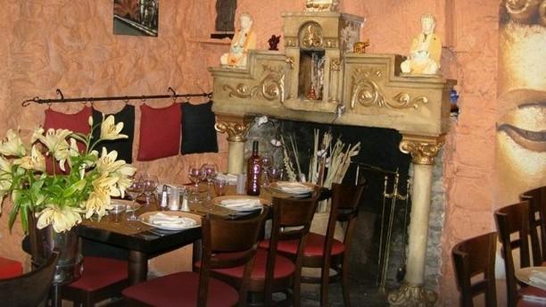 Le Chaperon Rouge Restaurant