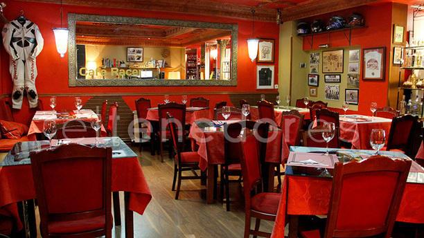 Café Racer Club 70 Salón
