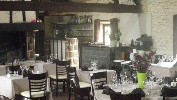 La Ferme de Nandy Salle du restaurant