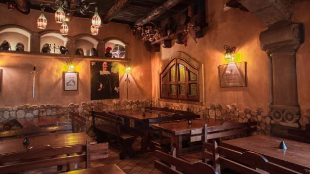 El Bodeguero Medieval Tavern Vista sala