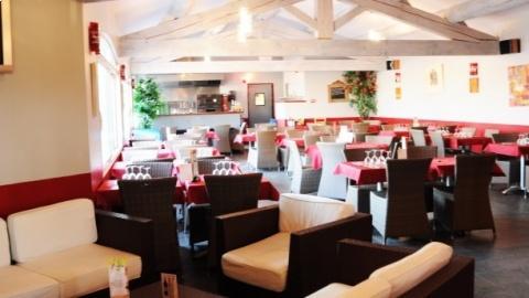 restaurant - Les Palmiers - Althen-des-Paluds