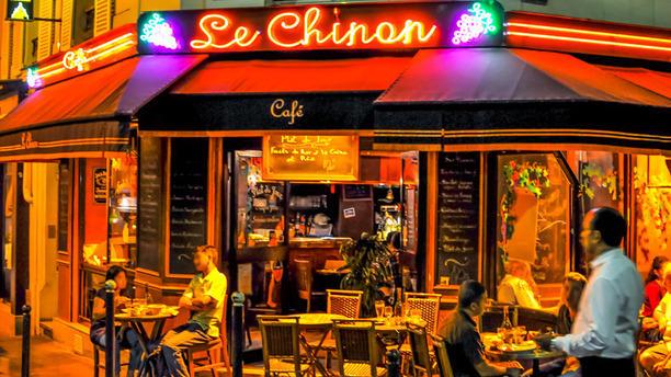 Café Chinon Devanture