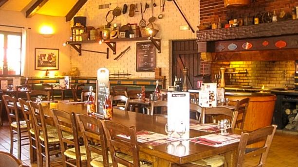 Courtepaille Epinay-sur-Orge Salle du restaurant