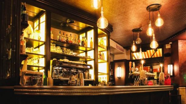 Le Bistrot Du Coin In Paris Restaurant Reviews Menu And