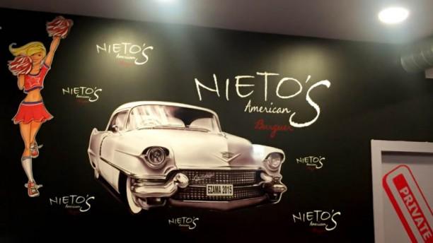 American Burguer Nieto's Vista del interior
