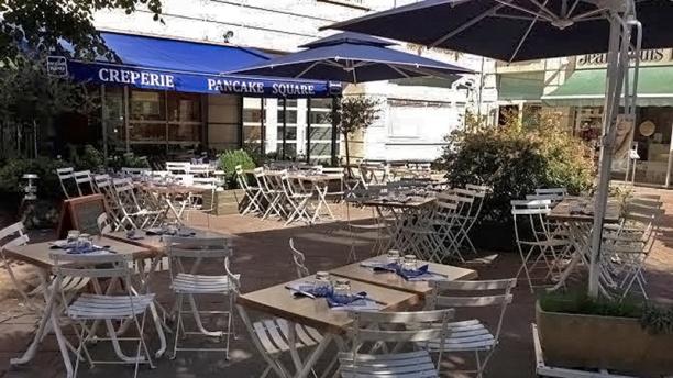 Pancake Square  Restaurant, 27 Rue des Bourguignons 92270