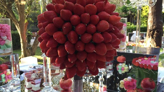 Buffet de desserts - La Table du Marché by Pamela Anderson restaurant Vegan, Ramatuelle