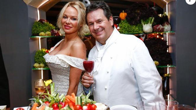 Présentation des produits - La Table du Marché by Pamela Anderson restaurant Vegan, Ramatuelle