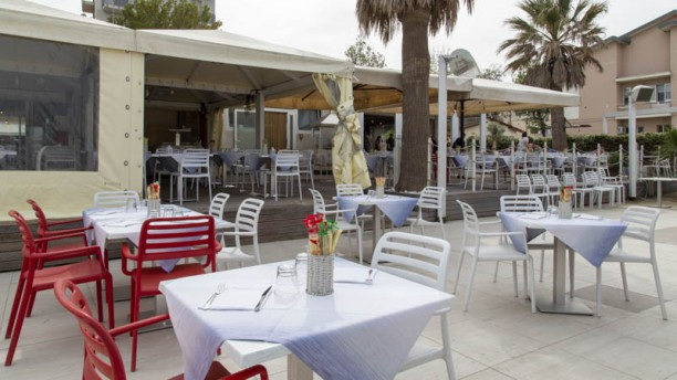 Mirage Restaurant & Pizza Terrazza