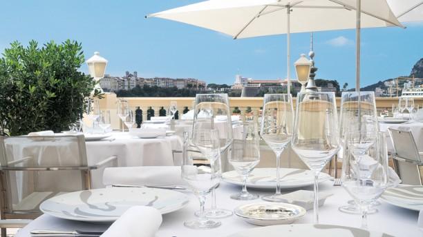 Le Vistamar Terrasse du restaurant avec vue sur le Palais Princier