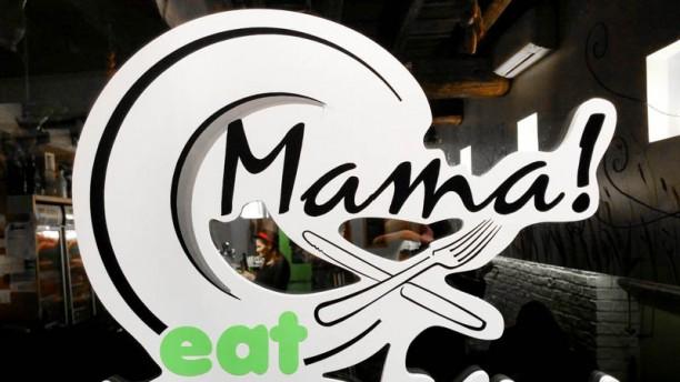 Mama Eat Roma insegna